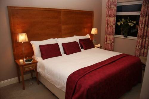 Lake Lodge Guesthouse - Cill Airne Hotel